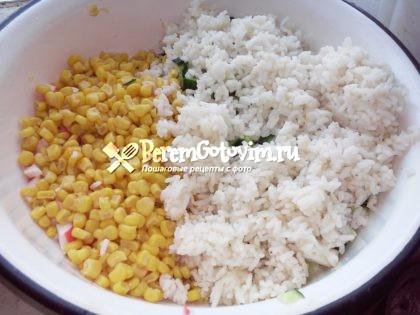 добавляем-кукурузу-рис