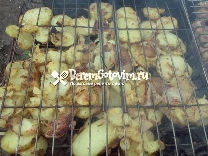 ingredienty`-dlia-marinovannoi`-kartoshki-na-kostre