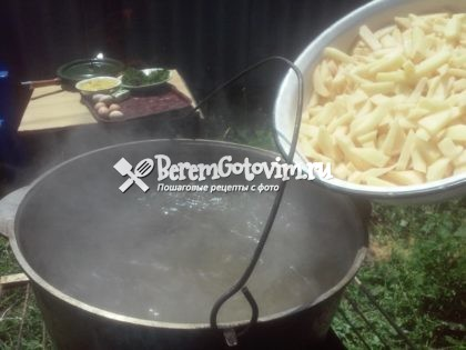 добавляем-картофель