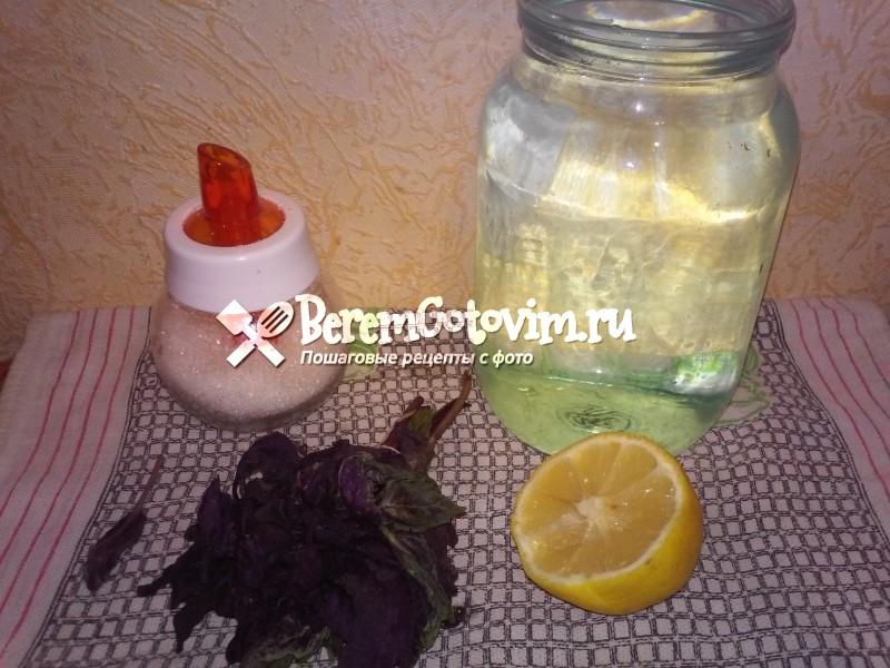 ингредиенты-для-напитка-из-базилика-с-лимоном