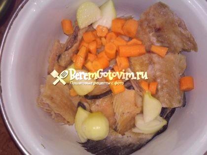 морковь-и-лук-режем-крупно