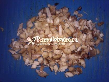 режем-ножки-грибов