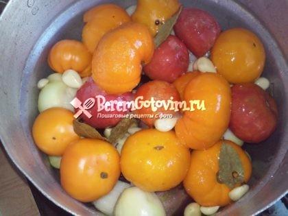 заливаем-овощи-маринадом-варим-40-минут