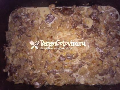 залить-печень-грибами-со-сметаной
