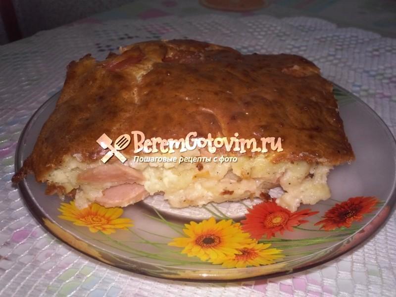 Быстрый пирог с сосисками и сыром