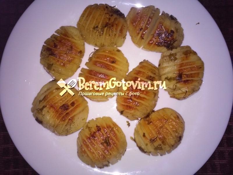 Картофель, запечённый с чесноком