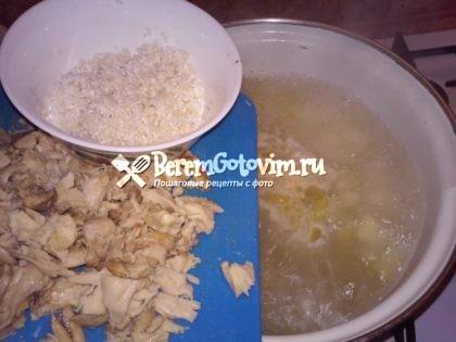 добавляем-рис-курицу