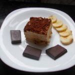 Торт из печенья с бананом и шоколадом