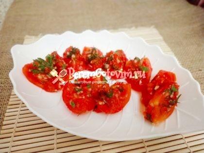 Быстрые-помидоры-по-корейски-готовы