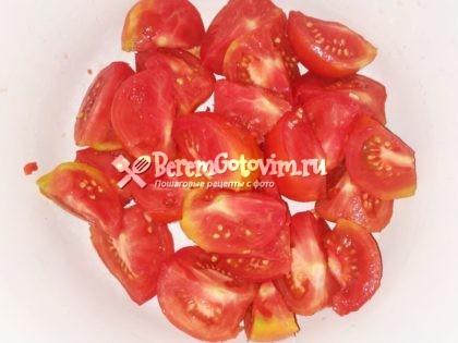 помидоры-режем-дольками