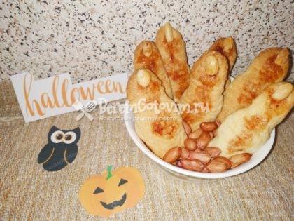 Печенье-на-Хэллоуин-Пальцы-ведьмы-готово